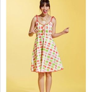 Like NEW MODCLOTH Dress in Melon in M